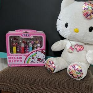 Hello Kitty Collectors Set